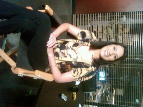 Paget just before her interview with e! news