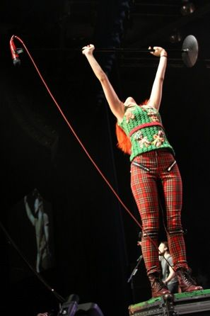 Paramore Live @ Jingle kengele Bash Seattle 2010