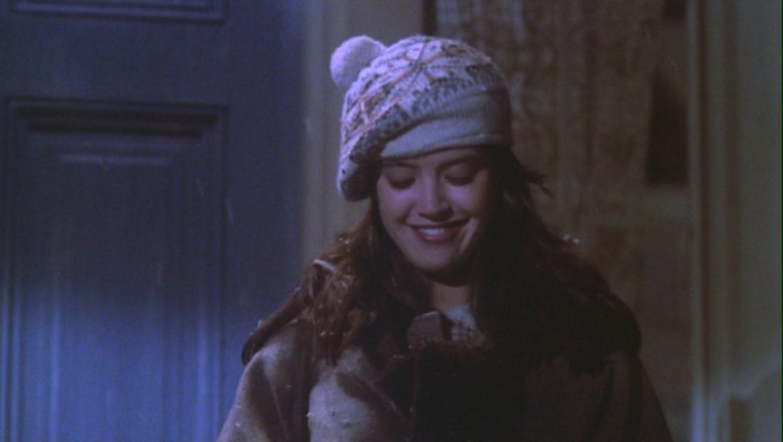 Pogodi film iz slike Phoebe-Cates-as-Kate-Beringer-in-Gremlins-phoebe-cates-23733807-1360-768