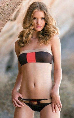 Rosie Huntington-Whiteley: Al Yidiz Swimwear Sexy