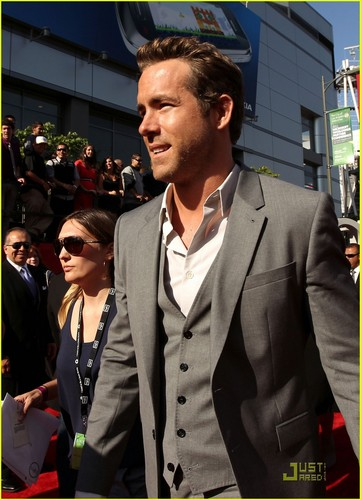 Ryan Reynolds & Jason Bateman - ESPY Awards 2011