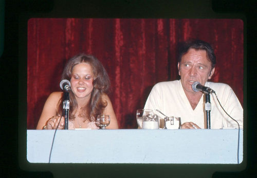 EXORCIST II: PROMO (1977) Linda Blair & Richard バートン