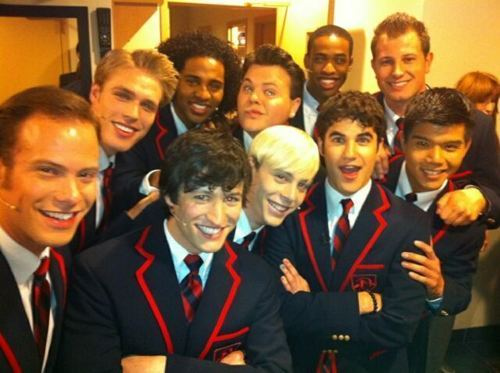 Darren Criss wallpaper containing a business suit and a suit entitled Warblers and Darren
