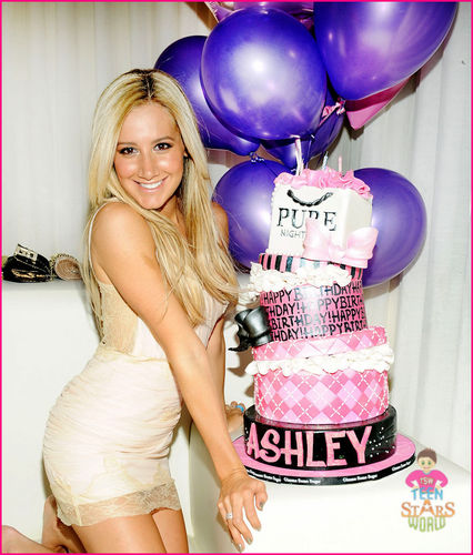 ashley tisdale in her 26th birthday
