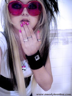 Emo Fashion Images Emo Girl Wallpaper And Background Photos 23714062