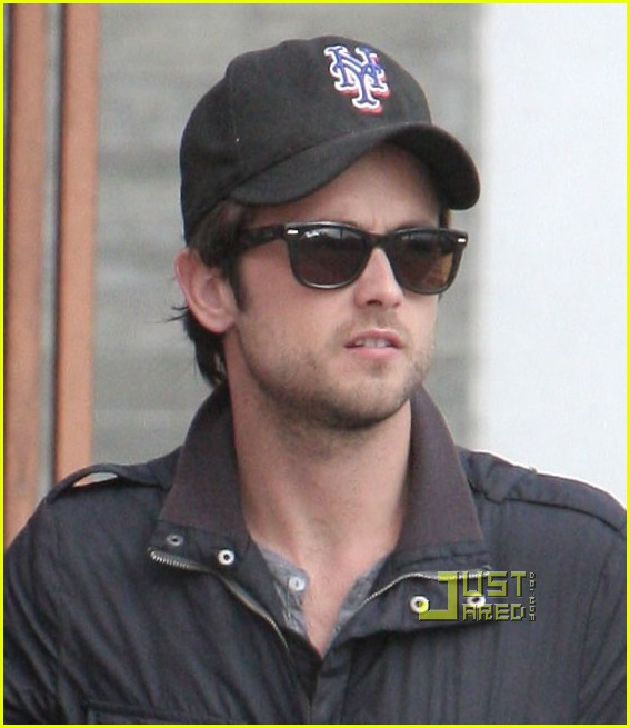 Justin Chatwin - Picture