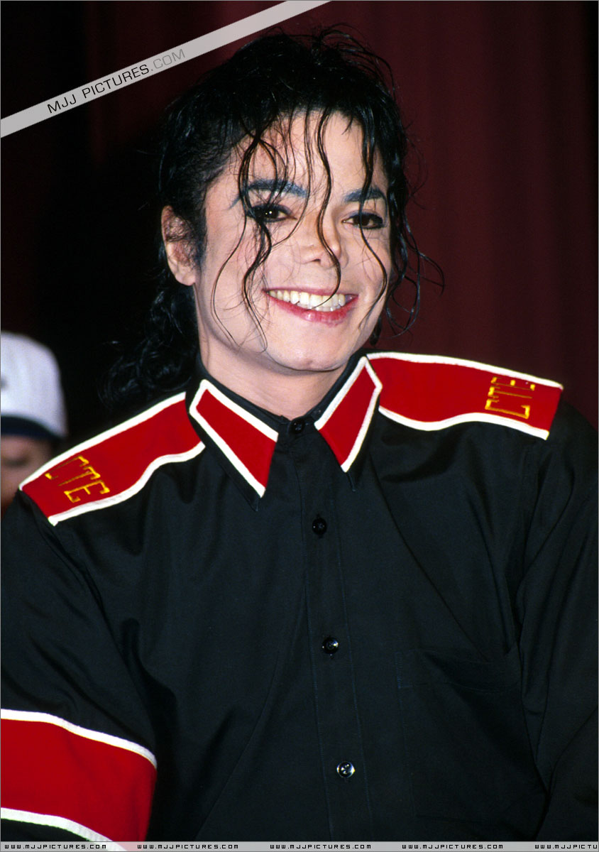 mike - michael-jackson Photo - mike-michael-jackson-23715535-844-1200