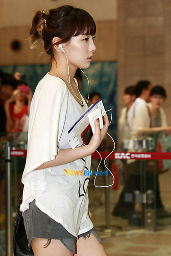 snsd airport 2011