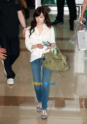 snsd airport fashion 2011
