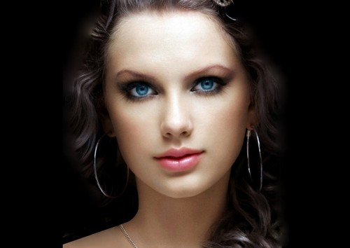 taylor beatiful eyes...