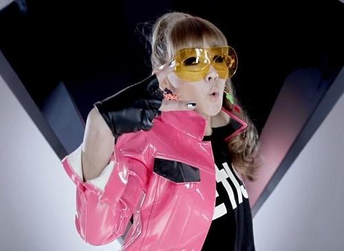 2NE1 I AM THE BEST JAPANESE VERISON bởi CLDE2NE1 AND PARKBOOMDE2NE1