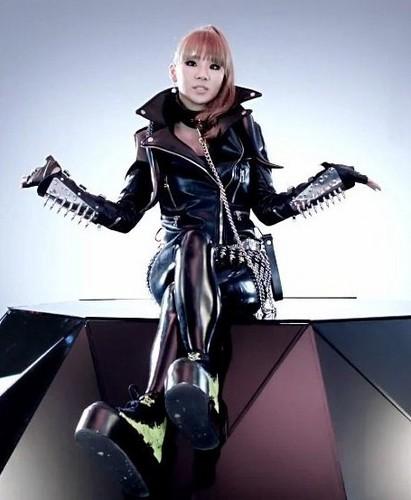 2NE1 I AM THE BEST JAPANESE VERISON 의해 CLDE2NE1 AND PARKBOOMDE2NE1