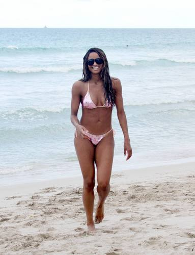 Bikini Miami bờ biển, bãi biển 18 07 2011