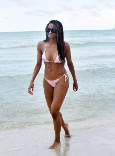 Bikini Miami пляж, пляжный 18 07 2011