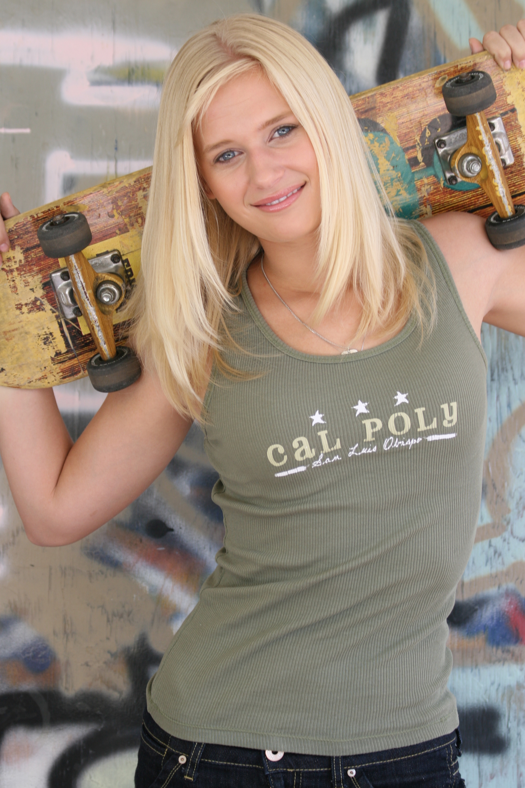 Carly Schroeder Carly Schroeder new picture