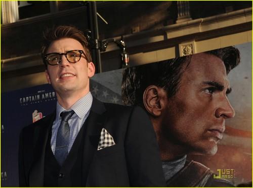 Chris Evans Captain America' Premiere!