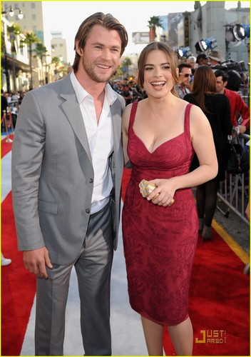 Chris Hemsworth: 'Captain America' Premiere!