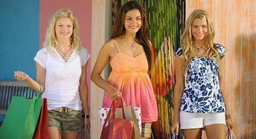 Cleo, Rikki, Bellla (Shopping)