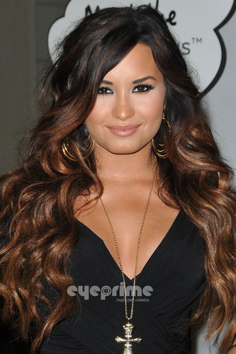 Demi Lovato: HTC Status Social Launch Event with अशर in Hollywood, July 19