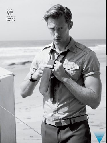Alexander Skarsgård 壁纸 probably with a green beret, 迷彩服, 疲劳, and a navy 密封 titled GQ Photoshoot <3