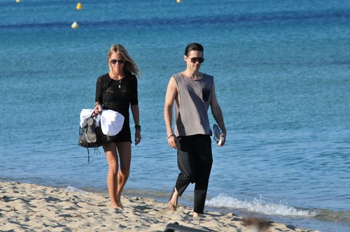 Jared Takes A Stroll At The Beach In St. Tropez With His Ladyfriend (July 18)