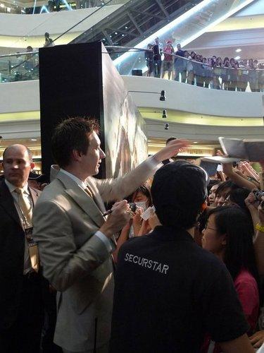 Jul16: Hong Kong premiere