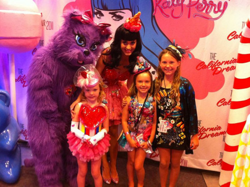 Katy and Cutie Girls