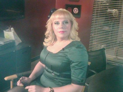 Kirsten Vangsness just before her interview with E! News