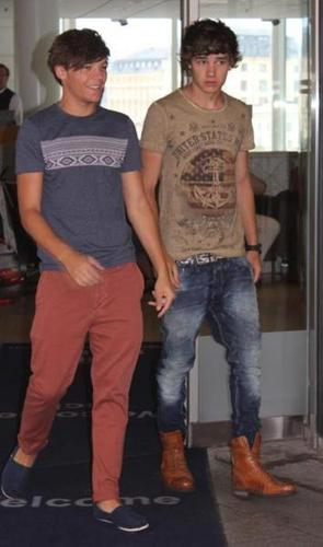 Louis&Liam in Sweden 18/7/2011