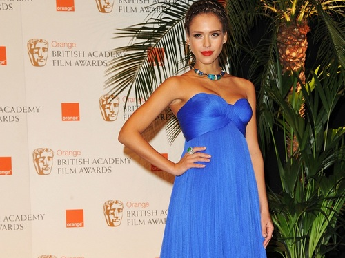 Jessica Alba wolpeyper containing a hapunan dress and a toga titled Lovely Jessica wolpeyper ❤