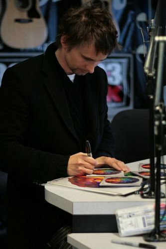 Matthew Bellamy wallpaper containing a business suit called Matt (: