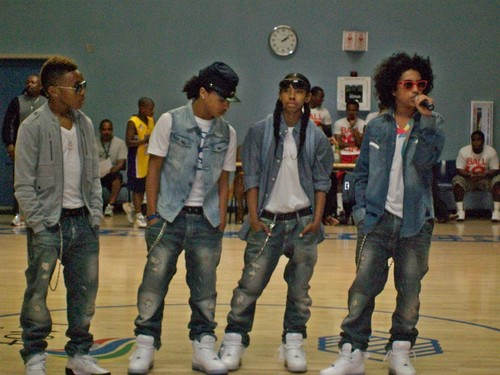 Mindless Behavior @ Boys & Girls Club