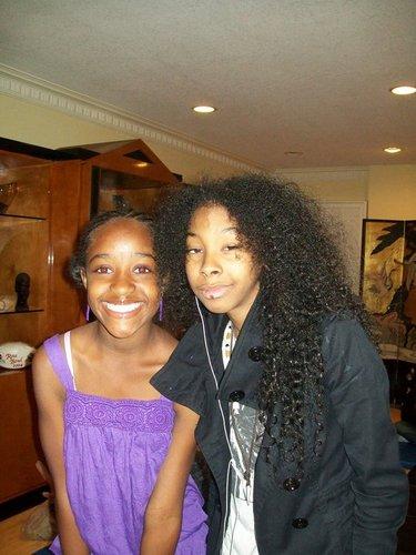 Nubian Princess & RayRay MB Pool Party