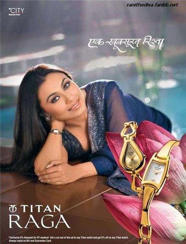 Rani Mukherjee kertas dinding probably containing a portrait titled Rani