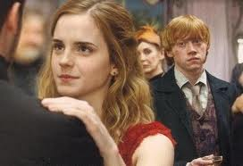 Hermione and Ron 壁纸 with a business suit and a portrait called Ron and Hermione