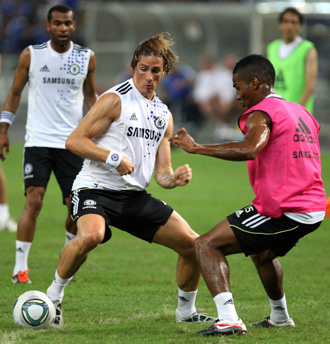 TORRES is hot  - fernando-torres Photo