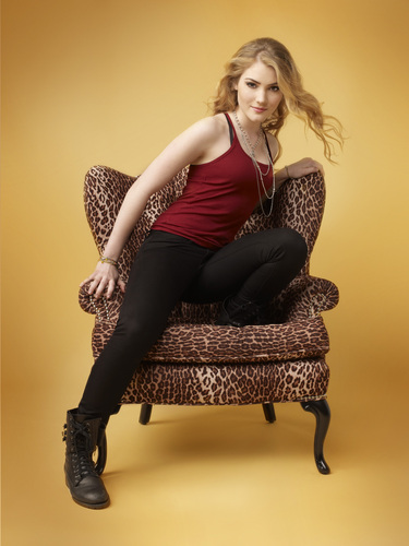 The Nine Lives Of Chloe King Promotional foto's