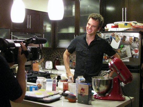 Tyler Hilton wolpeyper probably with a pab and a coffee break entitled TylerHilton