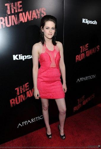 Kristen Stewart fond d'écran with a leotard entitled cool