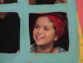 Selena Gomez Barney on Selena In Barney   Selena Gomez Photo  23830622    Fanpop Fanclubs
