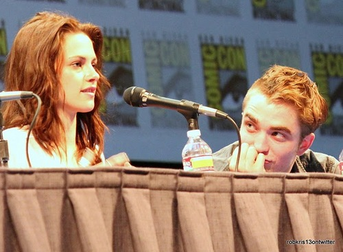 ROBSTEN( Look at that stare <3