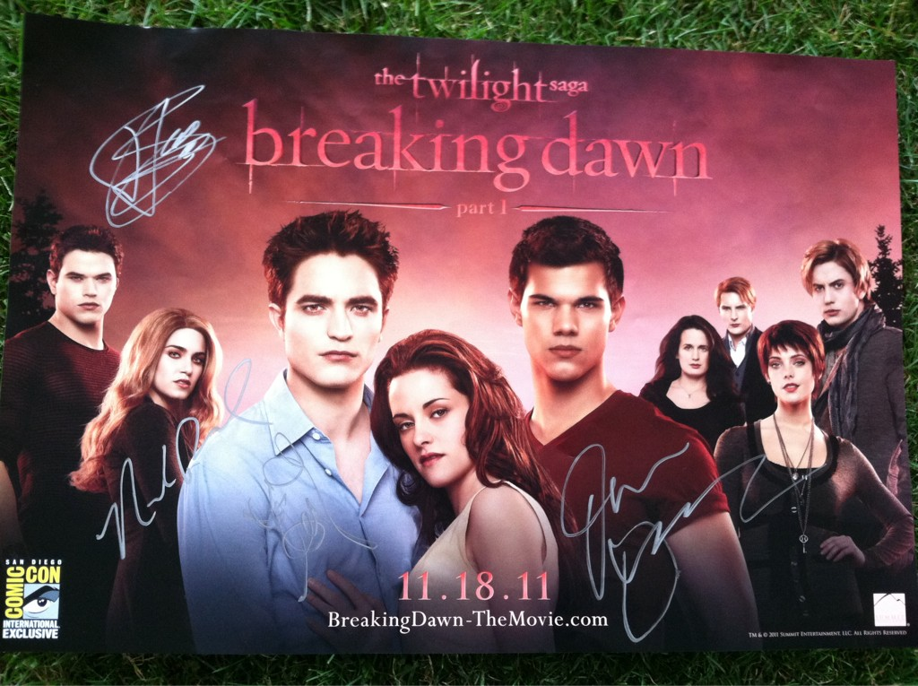 The Twilight Saga : Breaking Dawn Part 1' Comic Con Movie Poster ...