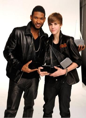 2010 American Music Awards - Portraits