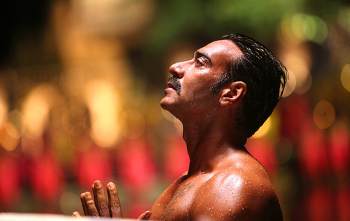 Ajay Devgn Shirtless