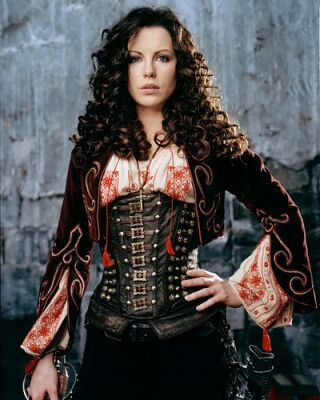 Female Ass-Kickers wallpaper possibly with a surcoat called Anna Valerious | Van Helsing