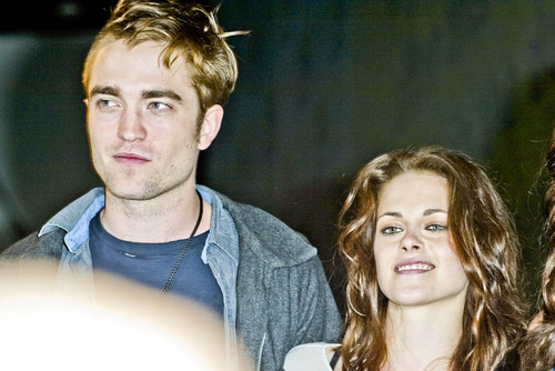 Comic Con 2011 - 'Breaking Dawn: Part 1' [HQ]