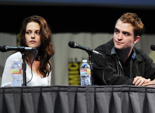 Comic Con 2011 - 'Breaking Dawn: Part 1' [HQ]
