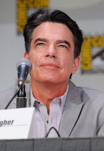 Comic-Con 2011 - Peter Gallagher