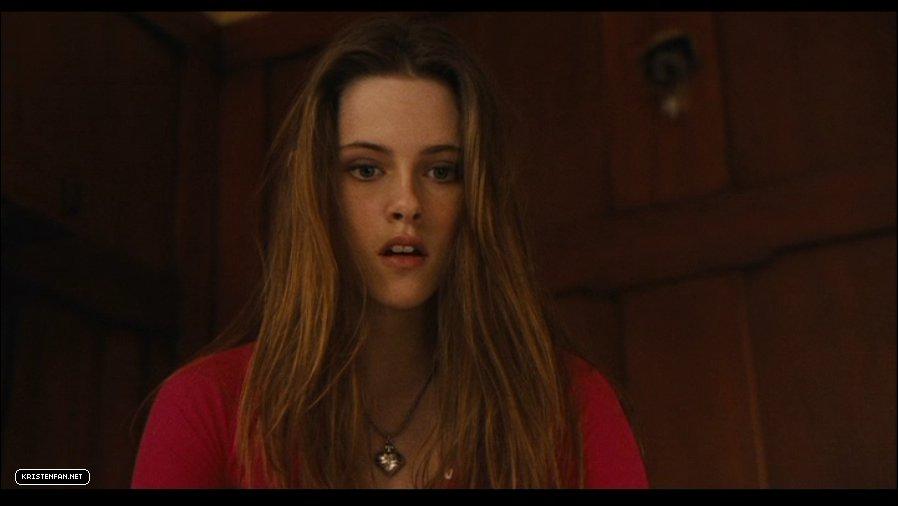 DVD-Screen-Captures-Zathura-kristen-stewart-23985742-898-506 jpgZathura Kristen Stewart