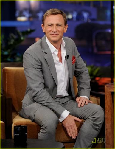Daniel Craig: Rooney Mara Is 'Massively Impressive'